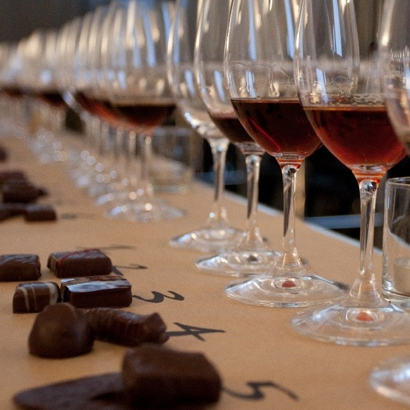 Curso de Cata Maridaje Vino y Chocolate