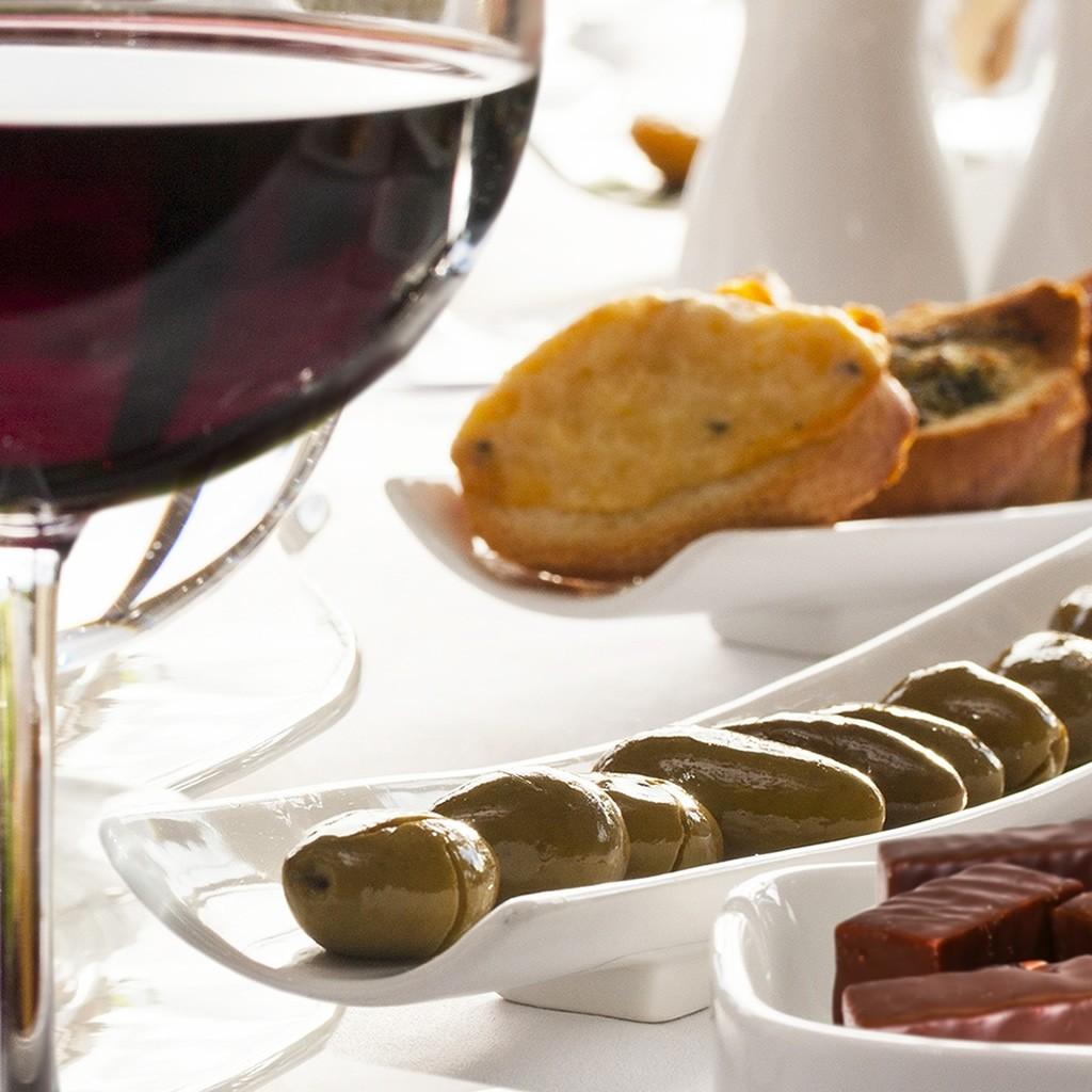 Regala Curso de Cata Maridaje Vino & Minitapas